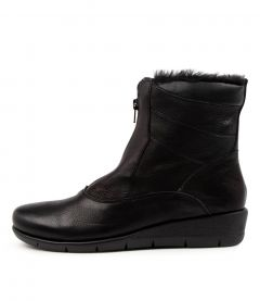 Majura Black Leather-fur